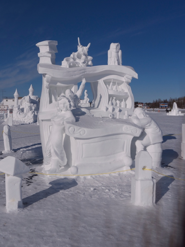 snow bar carving - front
