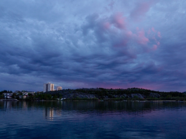 Yellowknife from Houseboat 28